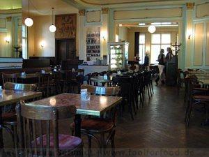 cafes-einstein-berlin-02