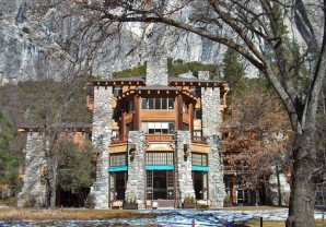 Yosemite-Ahwahnee-frontext-719x502